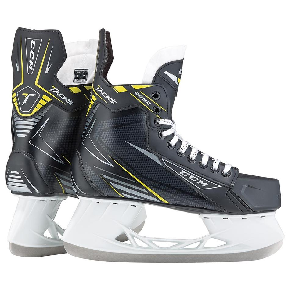 ccm tacks 2092 junior ice hockey skates puckstop